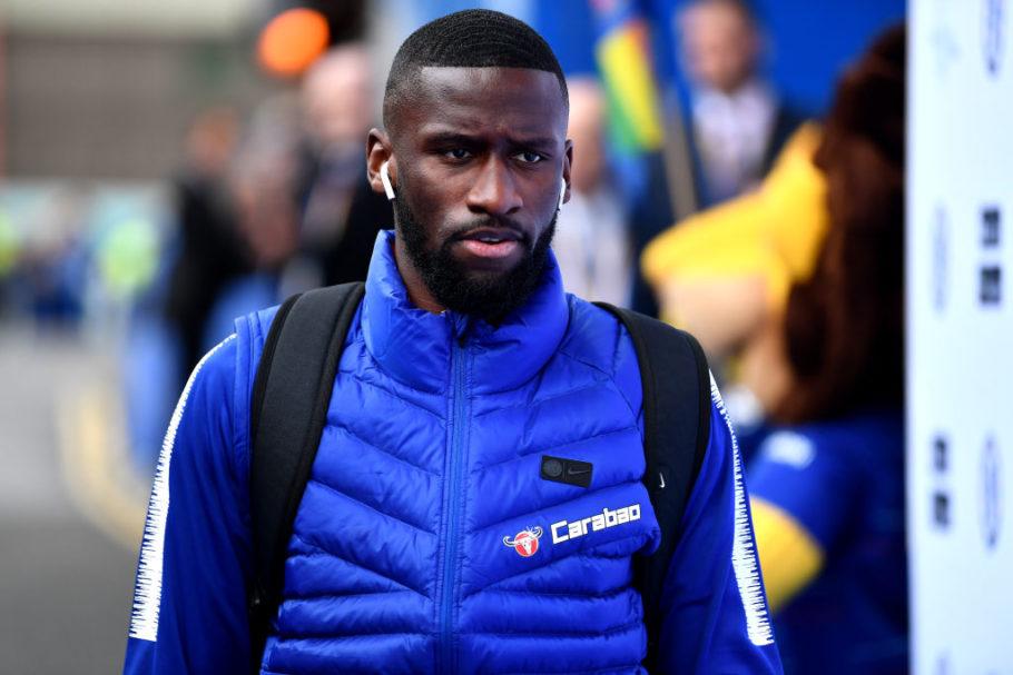 Pourquoi Antonio Rudiger pourrait être «déplacé» de Chelsea malgré les pourparlers contractuels